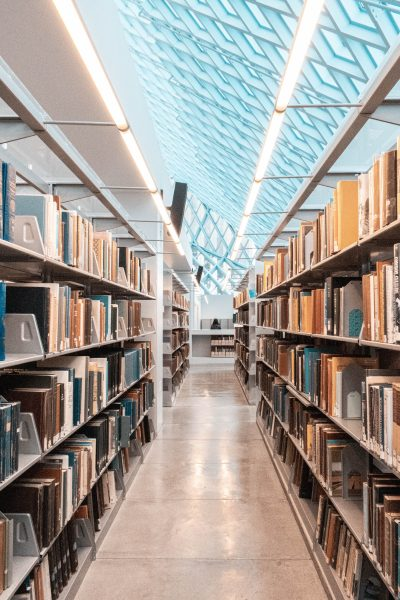 Biblioteca da Fits/PE renova entrega de livros para 5 de março